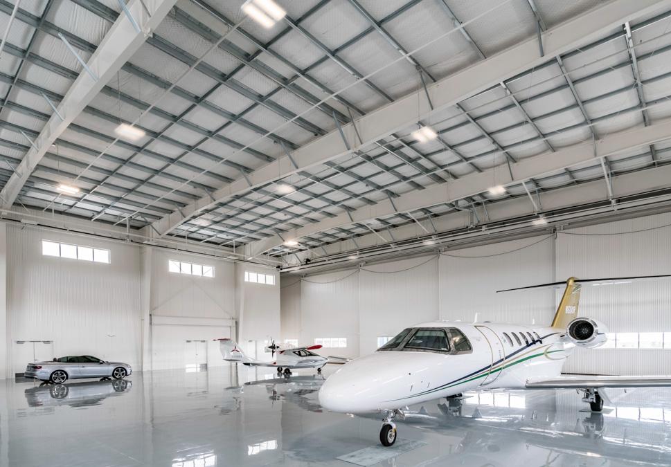 Santa Fe Airport Private Hanagars